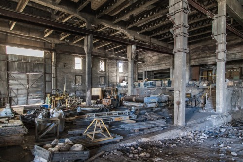 abandoned factory 1513100