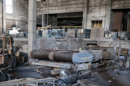 abandoned factory 1513103