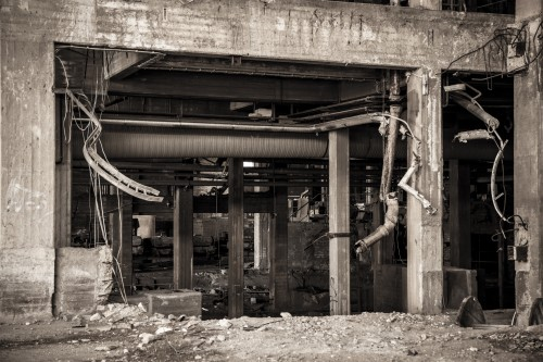 abandoned factory 1513200