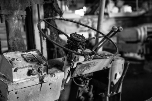 abandoned_steering-wheel-1531126.jpg