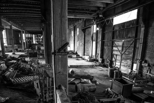 empty-abandoned-factory-1531124.jpg